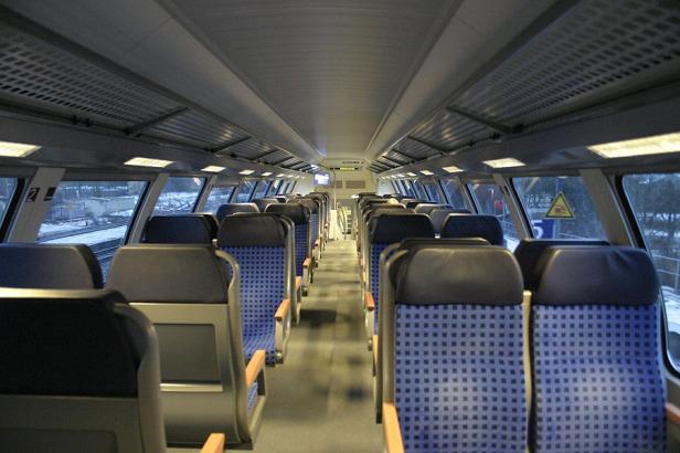 Kereta api Berlin Dresden